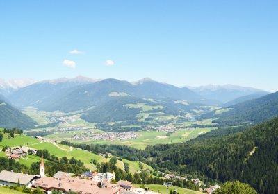 Talblick / Vista panoramica valle / Panoramic view