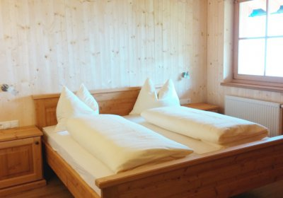 Schlafzimmer / Camera / Bedroom